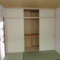 収納(縦向き)・写真は203号室のものとなります。