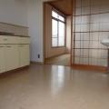 キッチンスペース・写真は203号室のものとなります。