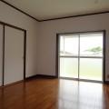 洋室・写真は203号室のものとなります。
