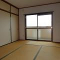 和室・写真は301号室のものとなります。