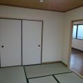 和室(収納向き)・写真は302号室のものとなります。