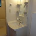 洗面所・写真は202号室のものとなります。