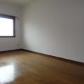 洋室(西側):写真は203号室のものとなります。