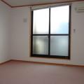 洋室・写真は102号室のものになります。
