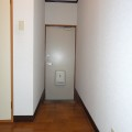 玄関・写真は11号室のものとなります。