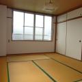 洋室・写真は301号室のものとなります。