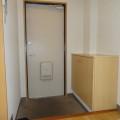 玄関・写真は205号室のものとなります。