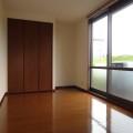 洋室・写真は108号室のものとなります。
