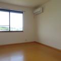 洋室・写真は203号室