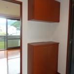 玄関・写真は201号室