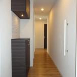 玄関・写真は301号室