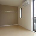 洋室7.5畳・写真は203号室