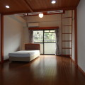 13帖洋室(ベッドは付きません)・写真は507号室