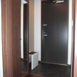 玄関(下駄箱・サポートチェアー付)・写真は302号室