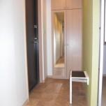 玄関(下駄箱・サポートチェアー付)・写真は301号室