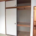 2階8帖和室押入れ