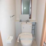トイレ(洗浄便座付・収納付)